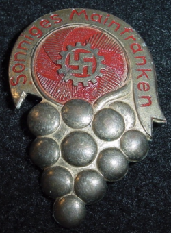 "Nazi DAF ""Sunny Mainfranken"" Tinnie Badge...$25 SOLD"