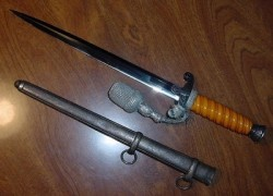 Original Nazi Army Officer's Dress Dagger by Tiger with Portapee...$475 SOLD
