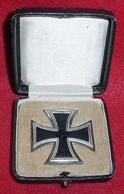 Nazi Iron Cross 1st Class in Case by Rudolf Wachtler...$295 SOLD