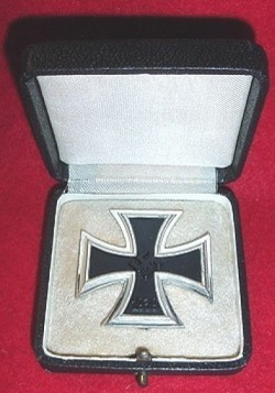Nazi Iron Cross 1st Class in Case by Steinhauer...$295 SOLD